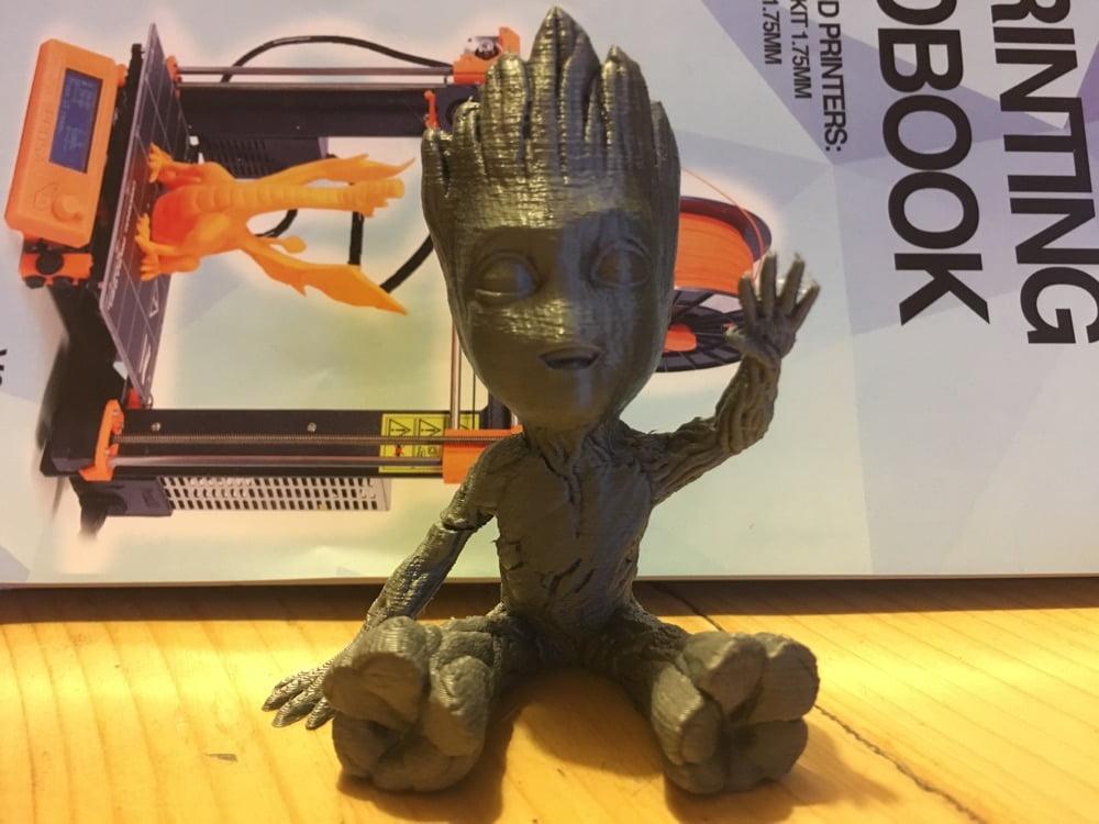 3D printing baby groot!
